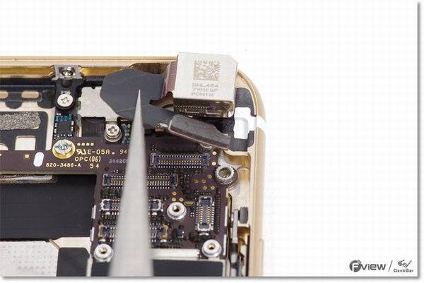 Apple-iPhone-6-Disassembly-13-600x400.jpg.8037dfec2257d80f823b46b7231ea0bf.jpg