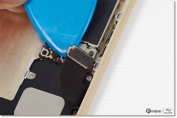 Apple-iPhone-6-Disassembly-17-600x400.jpg.e79e0e9cae6215be4d82ae4da56a6f12.jpg