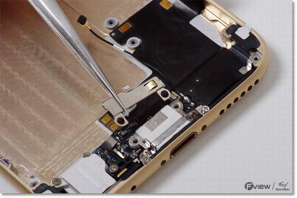 Apple-iPhone-6-Disassembly-33-600x400.jpg.a8fcc479e53d3243f212d4ca69195ec5.jpg