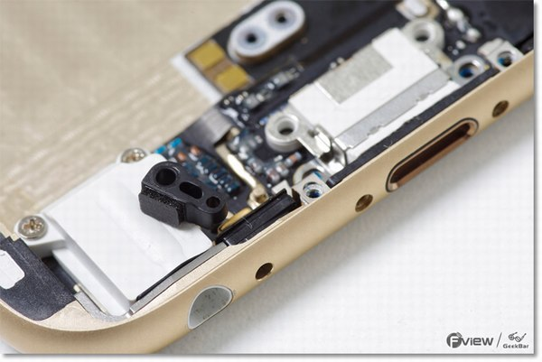 Apple-iPhone-6-Disassembly-34-600x400.jpg.b22336a68a32e89c66071c8766ed797c.jpg