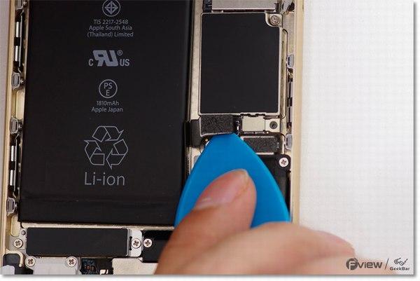 Apple-iPhone-6-Disassembly-6-600x400.jpg.901eba1ce6ee7eb279ba1eb3074fc90a.jpg