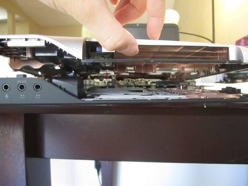 Dell-XPS-15-L502X-Disassembly-22.jpg.1b223c5d1769def4c7b0c5ae74185284.jpg