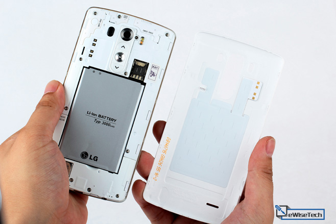 LG-G3-Disassembly-3.jpg.c8db304dc98248a7ddaeb57a0c96b697.jpg