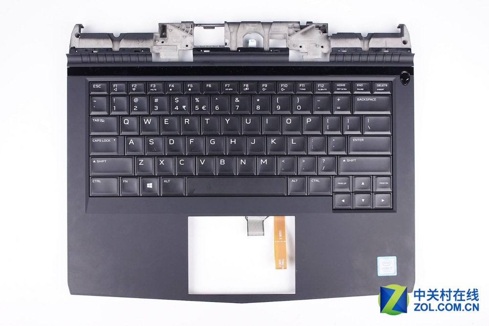 Alienware-13-R3-Disassembly-31.jpg