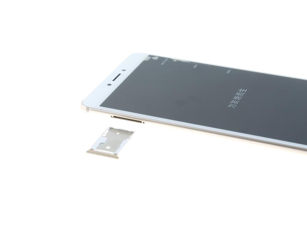 Xiaomi-Mi-Max-2-Teardown-4.jpg