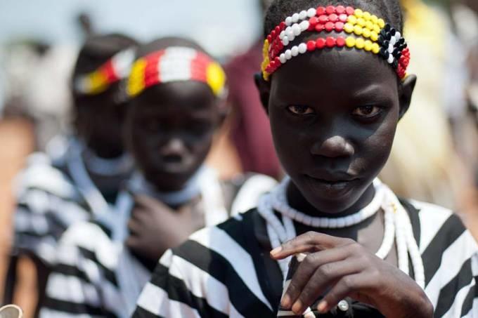 garotas-sudanesas-marcha-independencia-juba-20110705-original1.jpeg