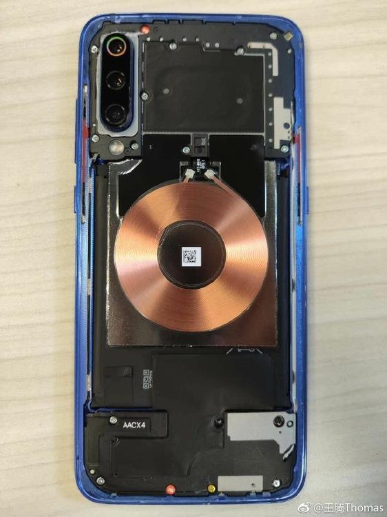 Xiaomi-9-teardown-1.jpg