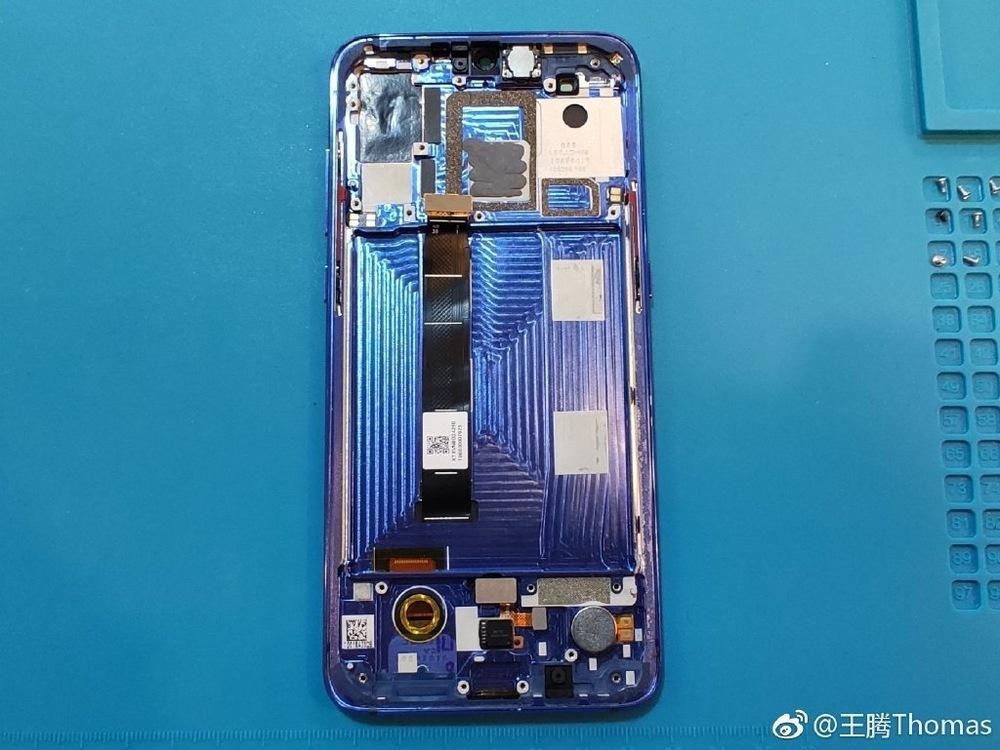 Xiaomi-9-teardown-4.jpg
