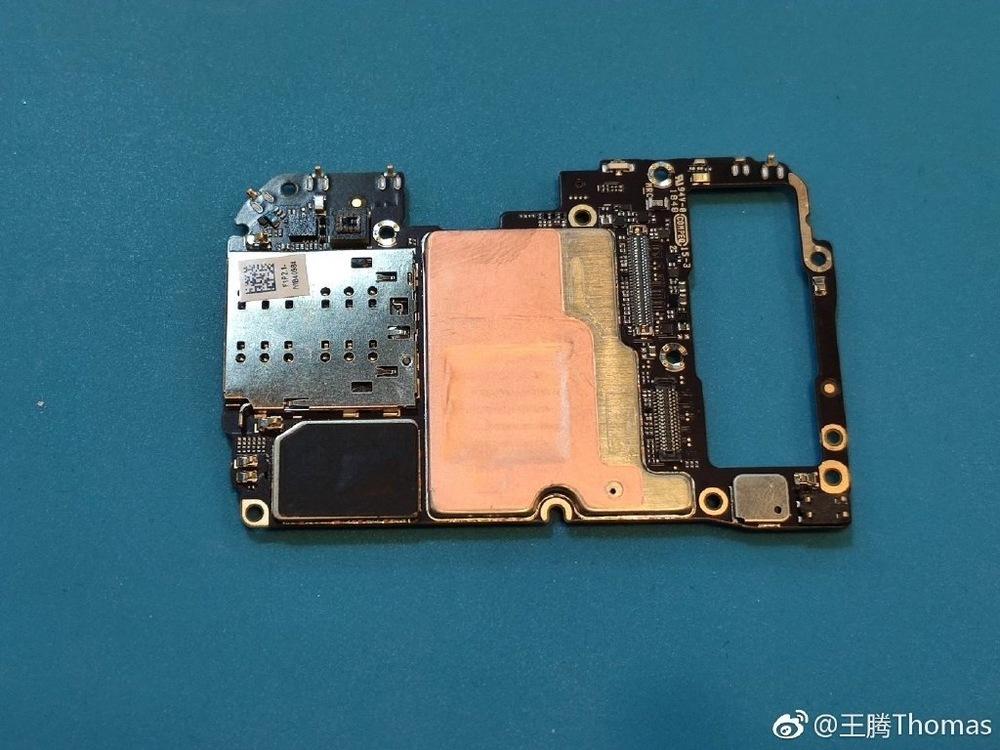 Xiaomi-9-teardown-6.jpg